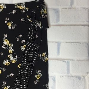 🍂Maurices Floral Small Maxi Faux Wrap Skirt